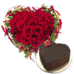 1 Kg Cake and 24 red roses heart